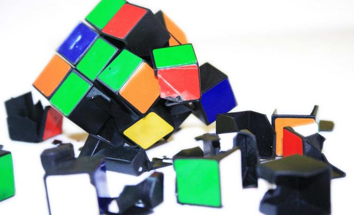 Broken rubic cube